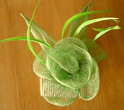 Hair Fascinator / Weddings / Races / Party / Hen Night / Occasions