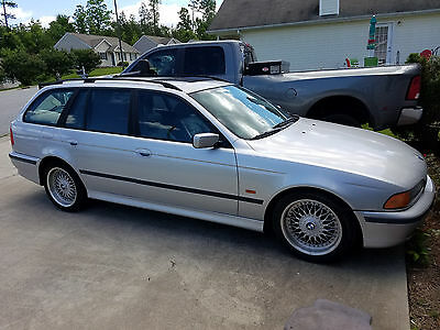 1999 BMW 5-Series Sport 1999 BMW 528it Estate  (((( 5 Speed ))))