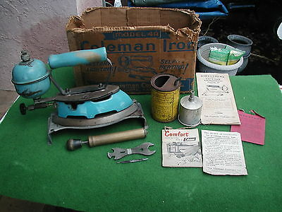Coleman Model 4A Camp Iron W/all papers~pump~measure can~funnel~stand~Orig Box