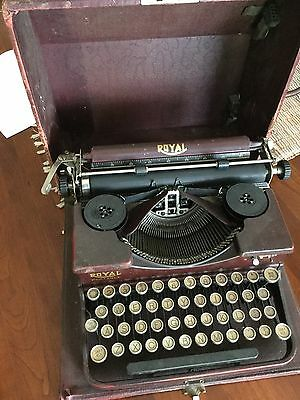 1928 Portable Royal Typewriter w/ case, Alligator Red, Works, Needs Cleaning