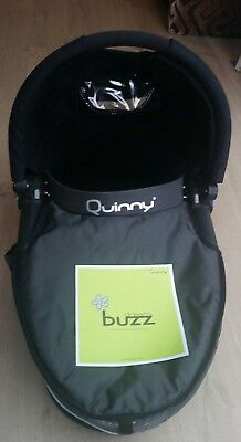 Black Quinny dreami carrycot for buzz/mood with apron