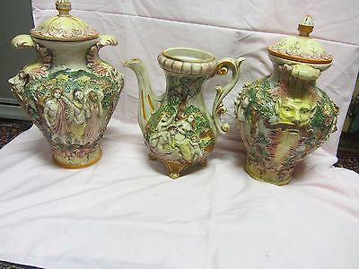 """""""rare Set"""" Vintage Capodimonte Urns & Footed Pitcher Made In Italy"""
