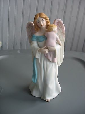 VTG HOMCO #1434 Porcelain ANGEL HOLDING BABY Figurine Ceramic ANGELIC Nativity