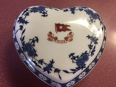Titanic Artifact Collection Heart  Box
