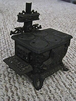 """Antique Cast Iron Queen Stove Black Small 6 1/2"""" Tall"""