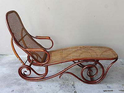 Stunning Early 20Th Century Thonet Chaise Lounge Chair