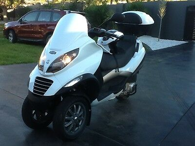 PIAGGIO  MP3 250 ie scooter