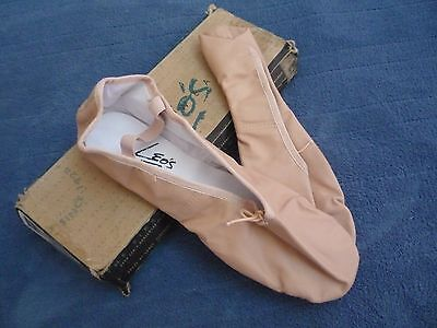 NEW LEOS Womens Leather Dance Ballet Flats Slipper Shoes PINK size 9.5 (9 1/2) M