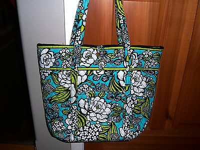 Perfect Vera Bradley Island Bloom X Large Vera Tote Bag