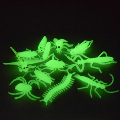 Glow-in-the-Dark Insects Toys Mini Animals Prank Funny Plaything Shrieking Gift