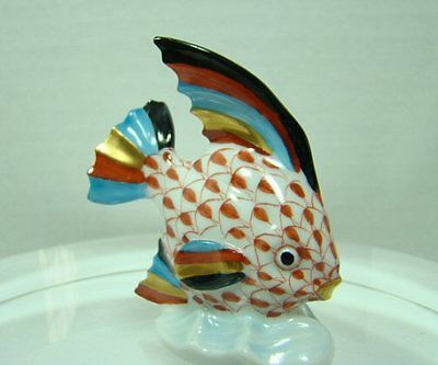 Vintage HEREND Porcelain SWIMMING ANGEL TROPICAL FISH Fishnet Figurine 2-5/8""