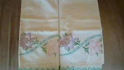 Beautiful, Clean, Vintage Embroidered /Crochet Pillowcase's