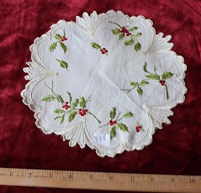 """Antique Silk Society Hand Embroidered Holly Berries on Linen ~8 """" Round"""