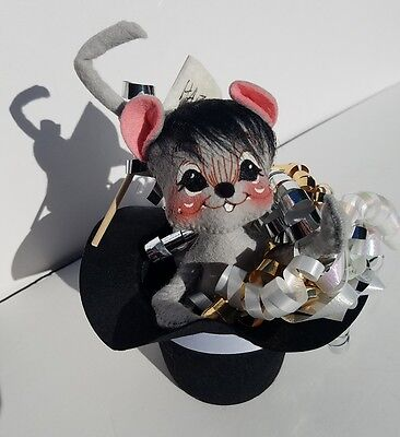 """NWT Annalee 7"""" Happy New Year Mouse Black Top Hat 820599 8205 from 1999"""