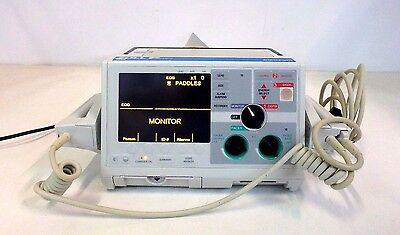Zoll M Series Biphasic 200 Joules Max Defib ECG AED Monitor w/ 1001-0150-01 Pads