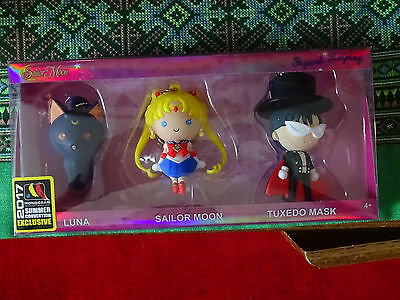 2017 SUMMER CONVENTION Exclusive Monogram Sailor Moon 3-Piece FIGURAL KEYRING