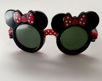 Disney Minnie Mouse Girls Flip-Up Sunglasses One Size Red/Black