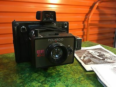 Retro 1970's Polaroid EE 44 Instamatic Camera with Instructions