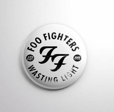 FOO FIGHTERS -  Pinbacks Badge Button Pin 25mm 1''*