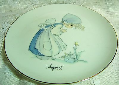 1983 Precious Moments April'S Resurrection Morn Plate