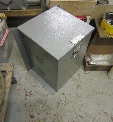 Electrical isolating transformer 240 volts - 110 volts C T E C V RATING 10
