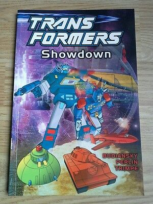 Transformers Showdown (2003) graphic novel G1 volume 4 TItan Books