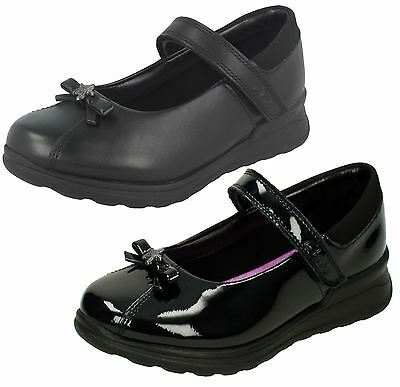 Girls Clarks Mariel Wish INF Black Leather Or Patent School Shoes