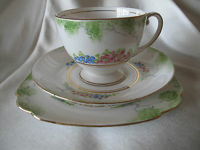 ROYAL STANDARD VINTAGE 1930/40`s HAND PAINTED TRIO NUMBER 9379