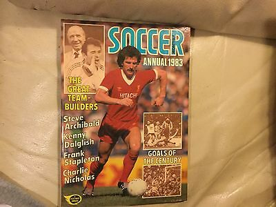 SOCCER  ANNUAL 1983 PICTORIAL Hard Cover - Sports GOOD CONDITION