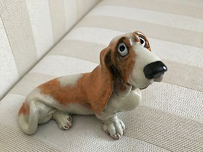 Hungry Basset Hound. Dog Figurine/ Home Decor/ Collection. New with Box.