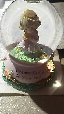 ENESCO PRECIOUS MOMENTS Wishing Waterball Musical with base