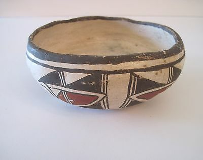 1880-1900's HAND FORMED EARLY ZUNI POTTERY BOWL