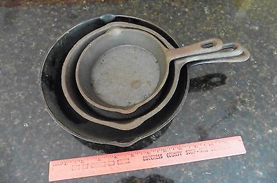 """Lot of 3 Vintage cast iron skillets 9-3/8"""" Large pan No 6 med 7.5"""" small 5-3/4"""""""