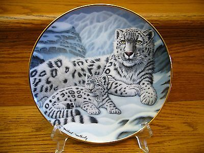 """Franklin Mint National Wildlife Plate By Michael Matherly """"Snow Leopards"""""""