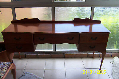 QUEEN ANNE ANTIQUE/VINTAGE WOODEN DRESSING TABLE/HALL TABLE + stool - GOLD COAST
