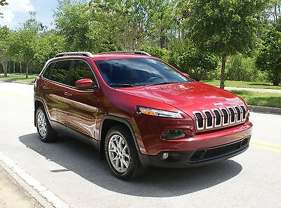 2014 Jeep Cherokee Laredo 2014 Jeep Cherokee Laredo, PRISTINE CONDITION, only 8K MILES !!!