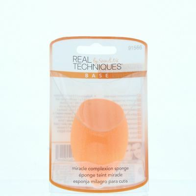 Real Techniques Miracle Complexion Sponge - Miracle Coverage Wet Or Dry