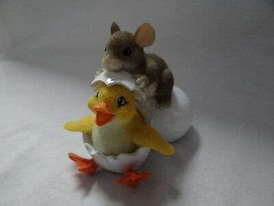 Charming Tails Ducky To Meet You Figurine Mouse Hatched Egg Duck 88/103