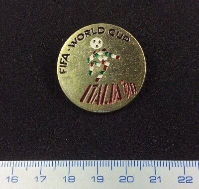 Pin Badge Button Football FIFA ITALIA 90 World  Cup. Metal. Very Rare !!