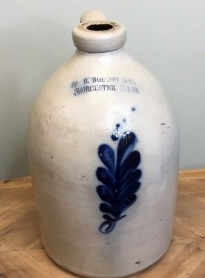ANTIQUE 1 GALLON NORTON STONEWARE JUG w/ FLOWER DESIGN SALT GLAZE