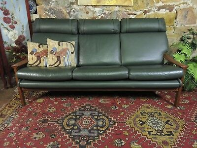 Vintage Retro Leather TESSA 3 Seater Chesterfield Lounge CHAIR.Sofa