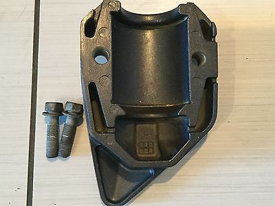 2014 Yamaha 150Hp Lower Mount Cover 63P-44553-00-8D 63P-44556-00-8D