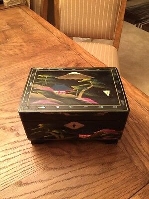 Vintage Black Lacquer Painted Jewelry Box ~ Made In Japan