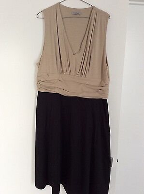Table eight black and cream dress, size 18