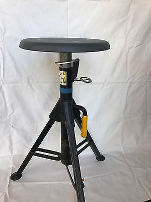 Pipeliner Jack Stand Portable Seat/ Construction Job Site Seat