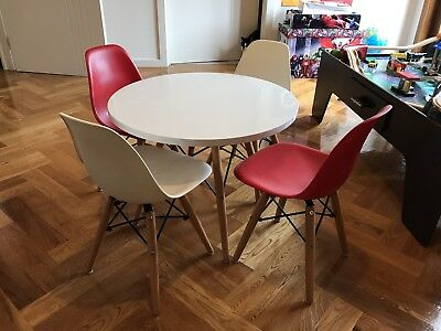 Replica -Kids Table And Chairs