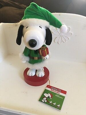 "New Snoopy's 9"" Snoopy Peanuts Green Santa Suit Christmas Nutcracker NWT 2016"