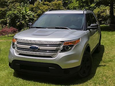 2011 Ford Explorer Base 2011 Ford Explorer Base trim with Towing Package