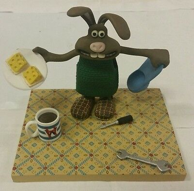 McFarlane Wallace & Gromit Curse of the Were-Rabbit Bunny Hutch Figure
