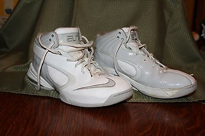 Vintage Nike Elite High Top Women's Basketball Shoes Size 10